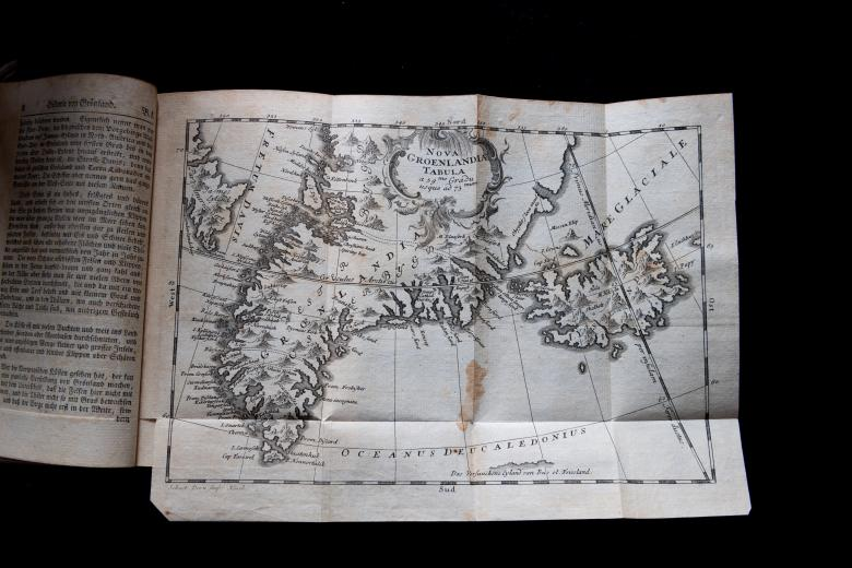 """Engraved fold-out map shows Greenland spelled """"Grœnland"""" and other text in German."""