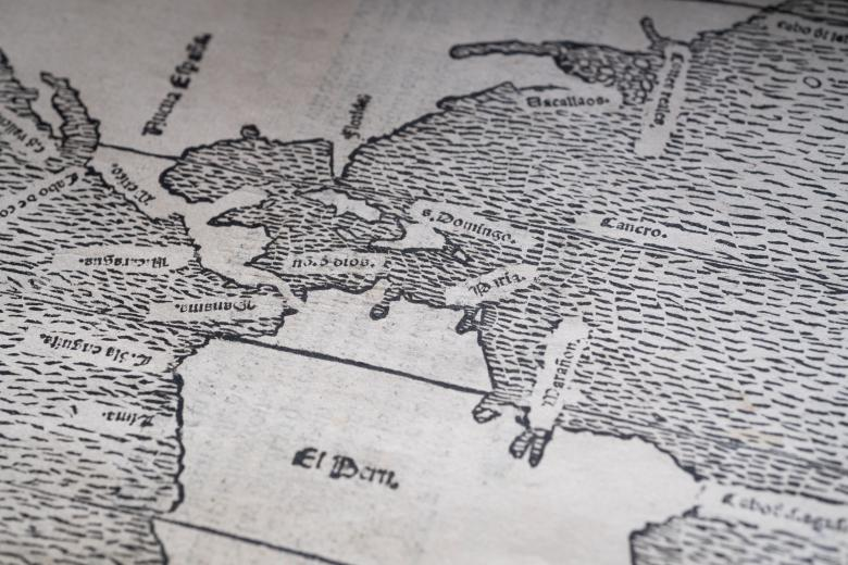 """Detail of woodcut fold-out map South America with a label in Spanish noting """"El Peru."""""""